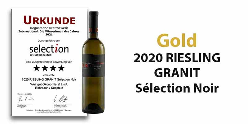 """Degustationswettbewerb Sélection """"International: Winzerinnen des Jahres 2021"""" - Gold für unseren 2020 RIESLING GRANIT Sélection Noir"""